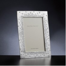 Floating hearts pewter photo frame 7 x 5